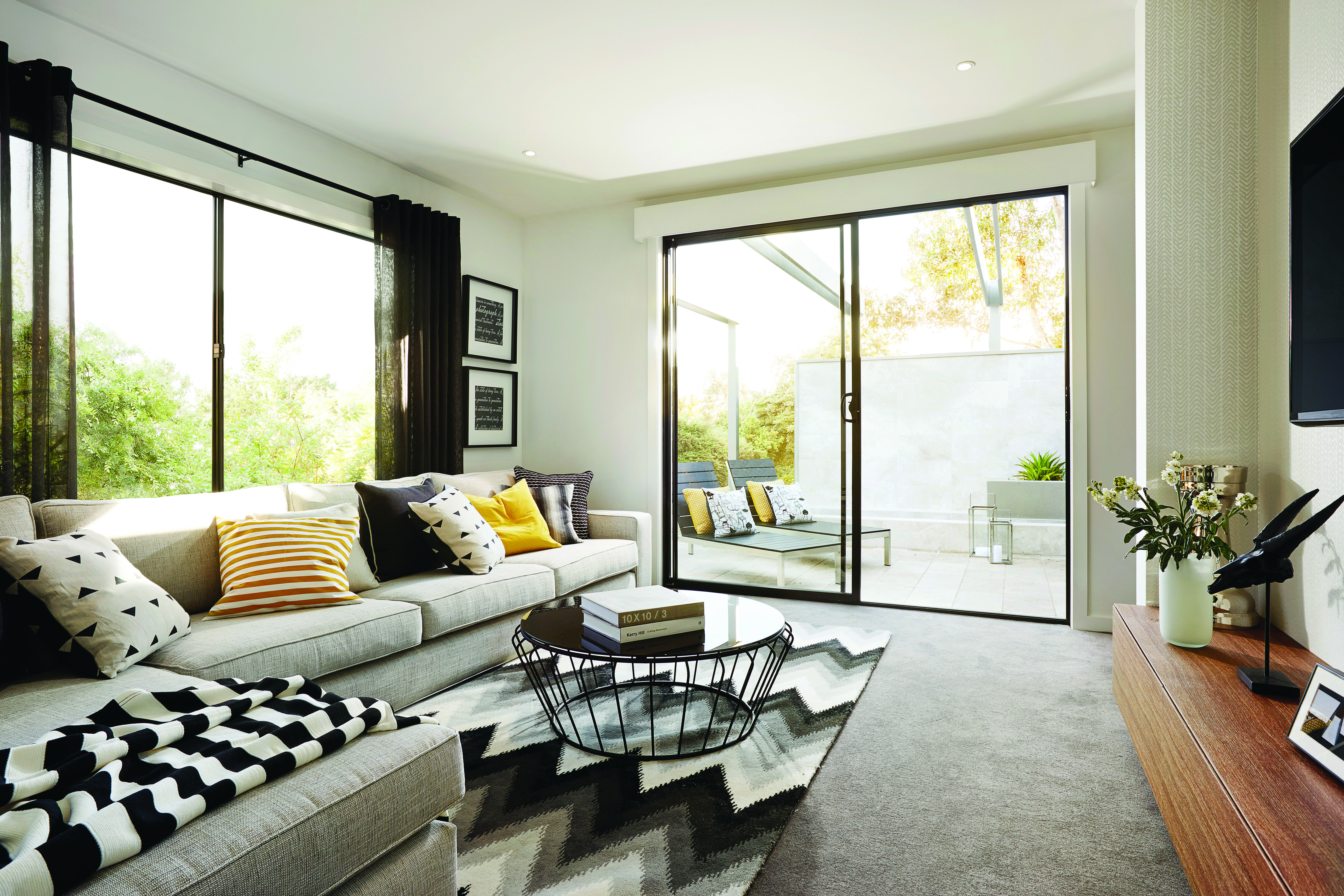 How to install a 2-panel sliding door